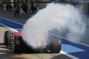 Alonso's Ferrari smoking